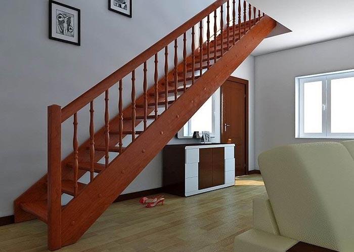 Bouw van een trap naar de tweede verdieping in een privégebouw